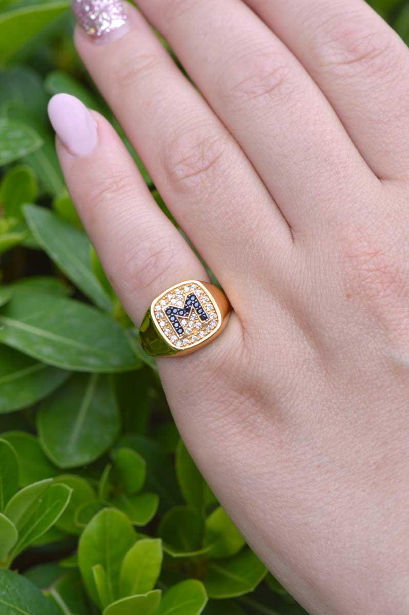Δαχτυλίδι σεβαλιέ από ασήμι και πέτρες ζιργκόν με το μονόγραμμα Β d4551278b10