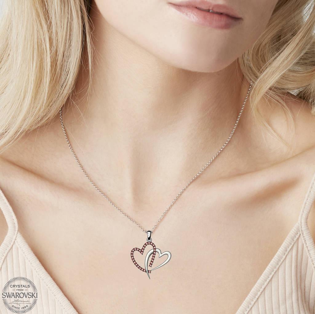 Κολιέ συλλογή Love καρδιά από ασήμι με πέτρες Swarovski 172b1525f39