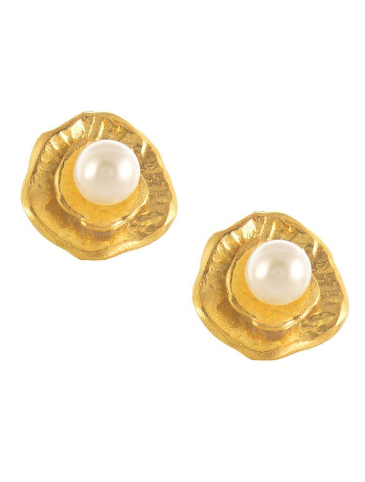 Χειροποίητο ζευγάρι σκουλαρίκια από επιχρυσωμένο ασήμι με μαργαριτάρια
