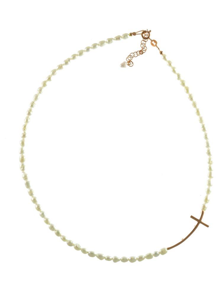 Κολιέ με μαργαριτάρια και σταυρό στο πλάι από ρόζ επιχρυσωμένο ασήμι