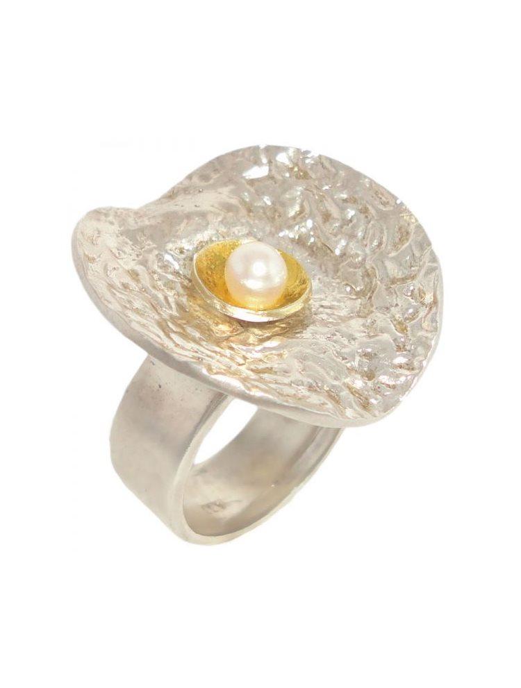 Χειροποίητο ασημένιο δαχτυλίδι με μαργαριτάρι
