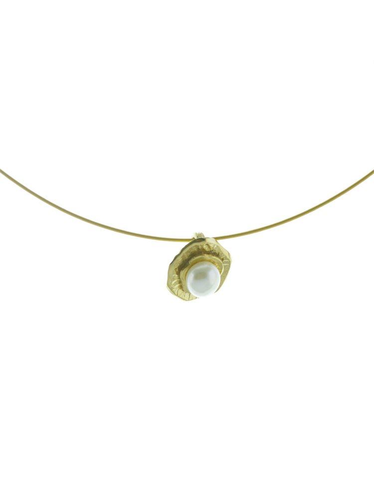 Κολιέ χειροποίητο από ασημένιο στοιχείο και μαργαριτάρι με ατσαλόσυρμα
