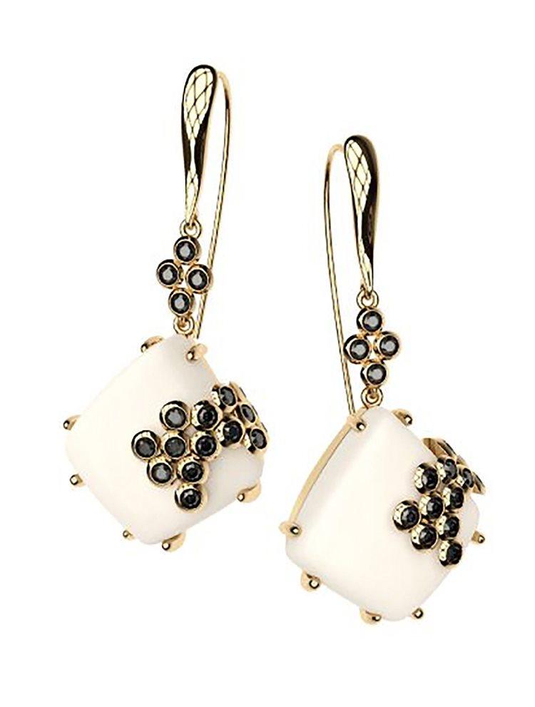 Εντυπωσιακό ζευγάρι σκουλαρίκια από επιχρυσωμένο ασήμι συλλόγη Colors με συνθετική πέτρα και πέτρες swarovski