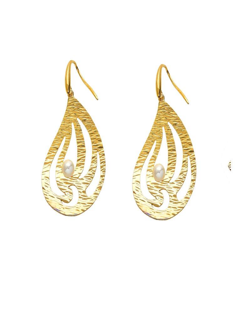 Χειροποίητο εντυπωσιακό ζευγάρι σκουλαρίκια από επιχρυσωμένο ασήμι με μαργαριτάρι