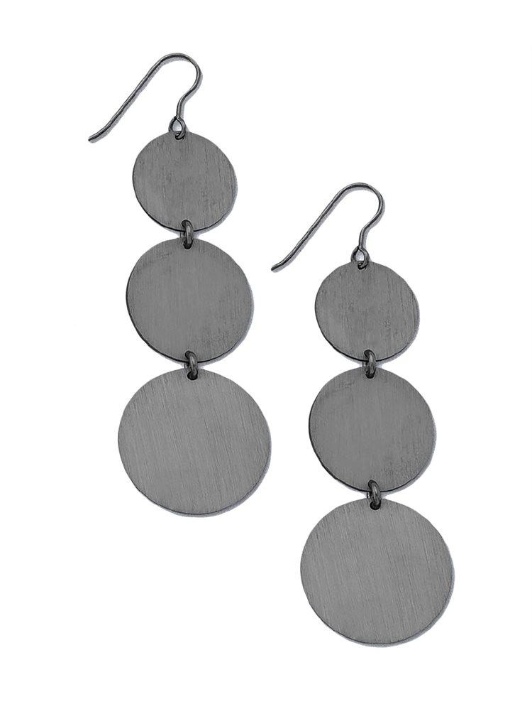 Κρεμαστά μακριά σκουλαρίκια κύκλοι από μαύρο πλατινωμένο ασήμι