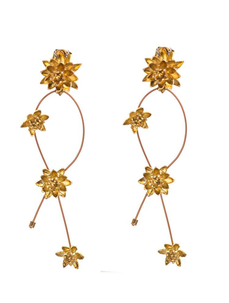 Σκουλαρίκια χειροποίητα κρεμαστά από επιχρυσωμένο ασήμι με λουλούδια